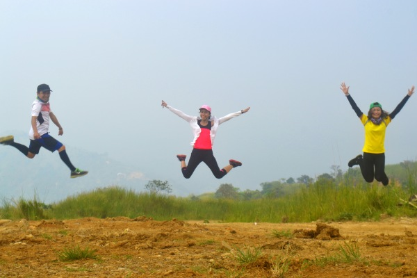 This has got to be my most awkward jump shot ever. Happy to be able to hike with the squad again. Hey BBB!