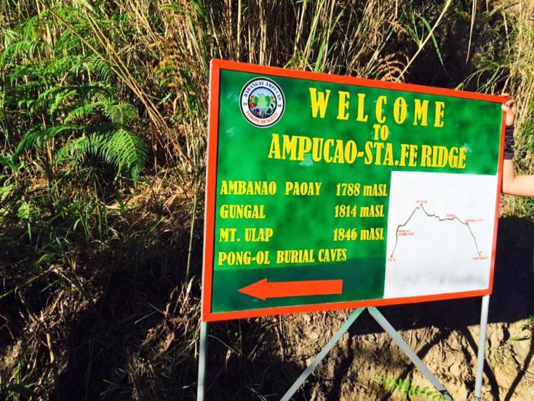 Ampucao-Sta.Fe Ridge sign